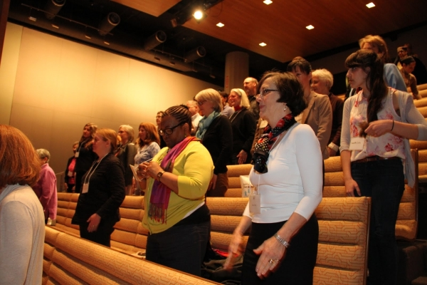 The audience sings along to Charlie Parker Plays Be-Bop
